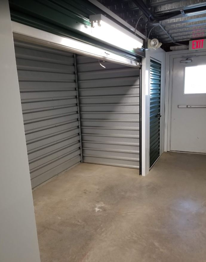 Self storage in Easton PA
